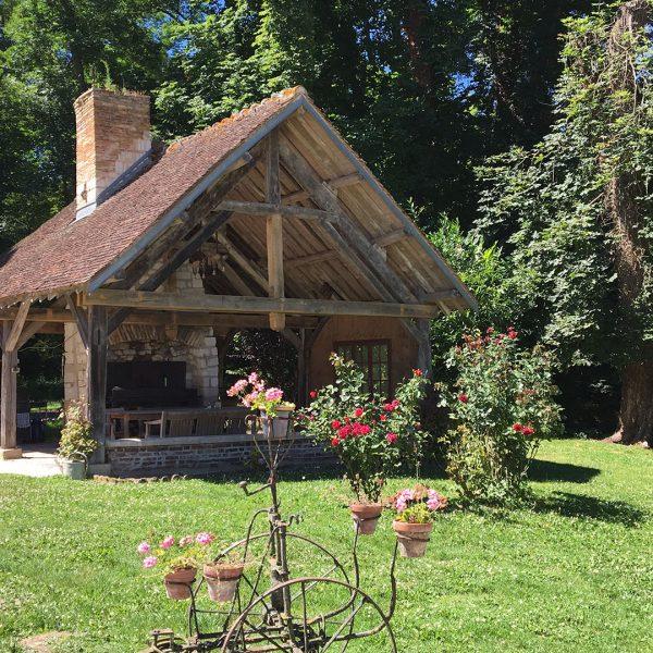 chateau-montabert-jardin